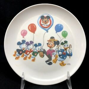Vintage-Disney-Mickey-Mouse-Club-Melamine-Child-039-s-Plate-Donald-Duck-Huey-Dewey