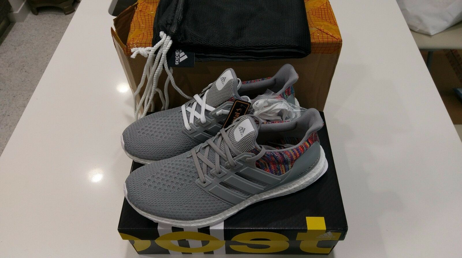 NEW Adidas MiAdidas Rainbow grigio Ultra BOOST Dimensione 10 MultiColoreee Deadstock RARE