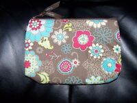 Thirty-one Mini Zipper Pouch FLORAL FANFARE BRAND NWOT RETIRED