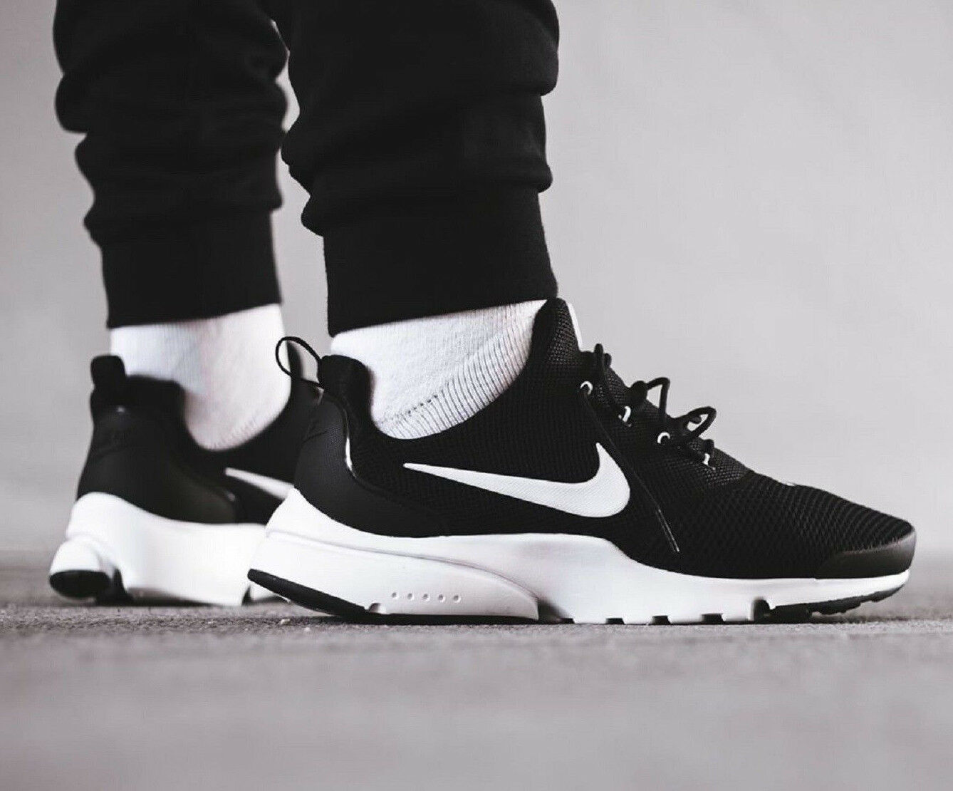NIKE PRESTO FLY Running Trainers Gym Casual Casual Gym Fashion - () Black  White 216b5d