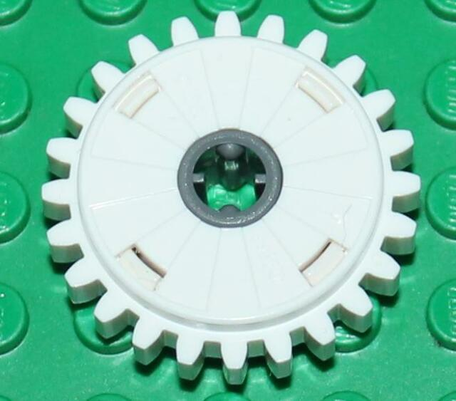 Lego Technic White Gear 24 Tooth Clutch (60c01) NEW!!!