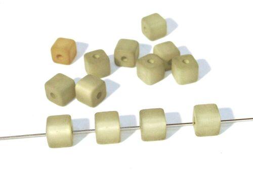 6mm cube 5 pcs #pu82 Polarisperlen gris