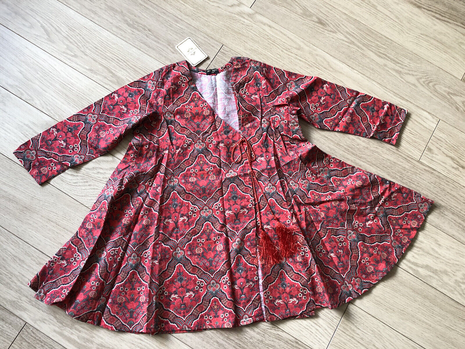 AGHA NOOR SIZE SMALL FROCK STYLE KURTA BRAND NEW