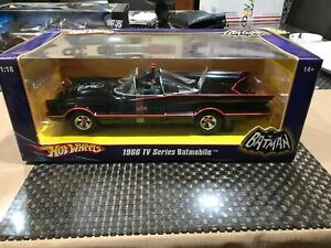Hot-Wheels-1-18-Scale-1966-Batmobile-Adam-West-amp-Burt-Ward-Autographed