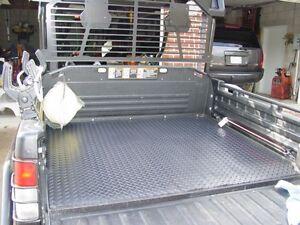 FLOOR MATS FOR JOHN DEERE GATOR   DIAMOND PATTERN RSX 850I GATOR MATS