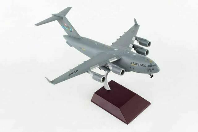 TANG DYNASTY 1:200 C-17 Globemaster III Military Transport Aircraft Metal Plane Model,Canadian Air Force Military Airplane Model,Diecast/Plane,for Collecting and Gift TM