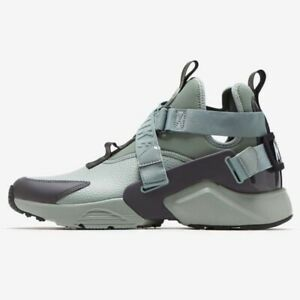 Brand New Women's Size 12 Nike Air