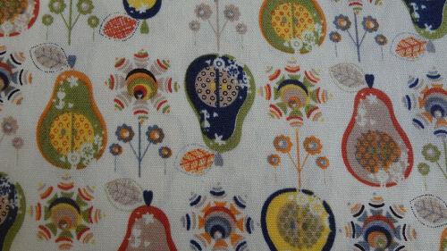 100/% Cotton lawn Prints Fat Quarter or Meter Pieces Vintage Pears
