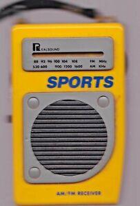 REAL-SOUND-SPORTS-TRANSISTOR-RADIO-AM-FM