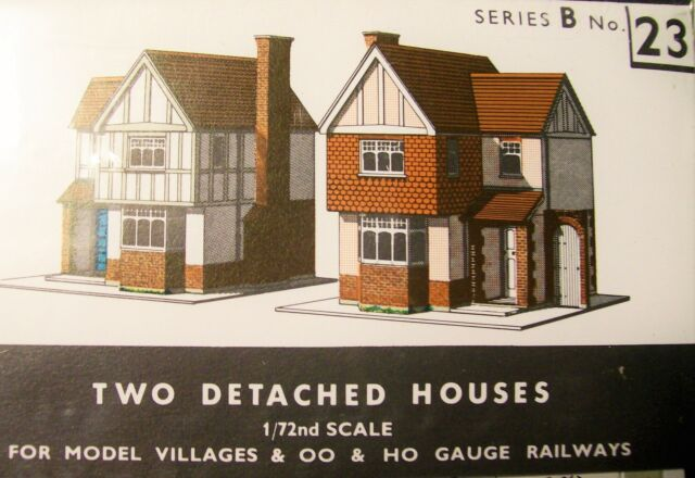 SUPERQUICK B23 Two Detached Houses Die Cut Card Kit 00 Gauge 1st Class Post