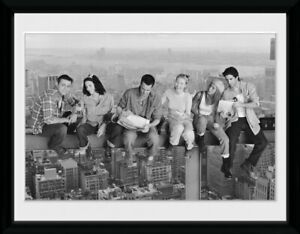 FRIENDS-ON-GIRDER-PICTURE-FRAME-16x12-INCH-OFFICIAL-FRIENDS-SERIES-GIFTS