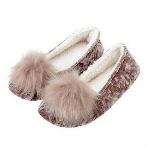 LADIES POM POM SLIPPERS SIZE 5