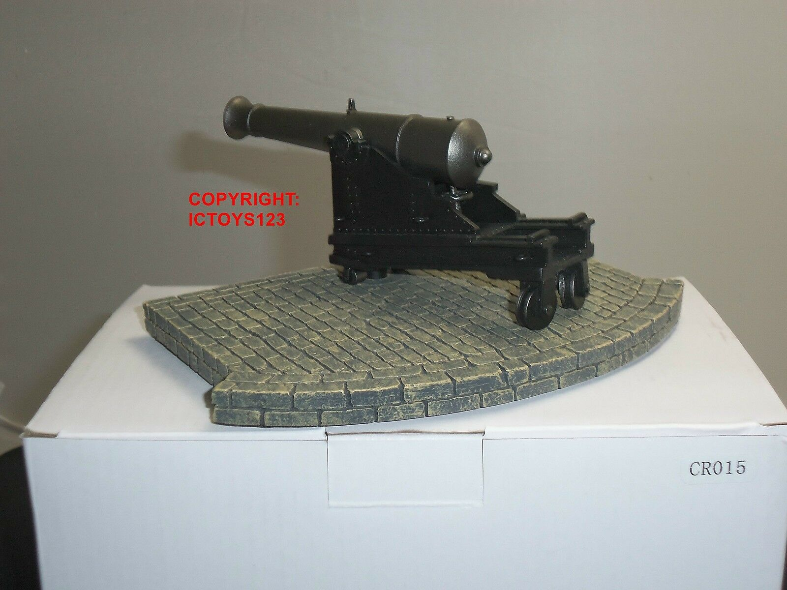 KING AND COUNTRY CR15 CRIMEA RUSSIAN COASTAL 8  CANNON GUN TOY SOLDIER DIORAMA