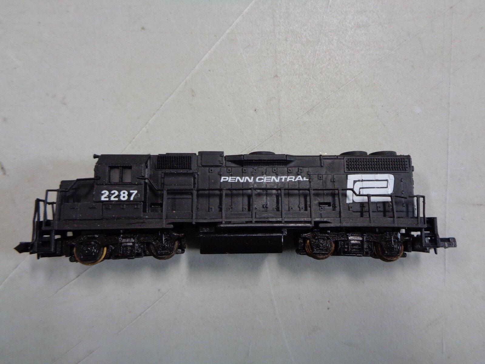 Life Like Trains Penn Central 2287 Locomotive N Scale