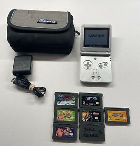 Gameboy-Advance-SP-AGS-001-Silver-w-Case-Charger-amp-7-Games-Kirby-Sonic-etc