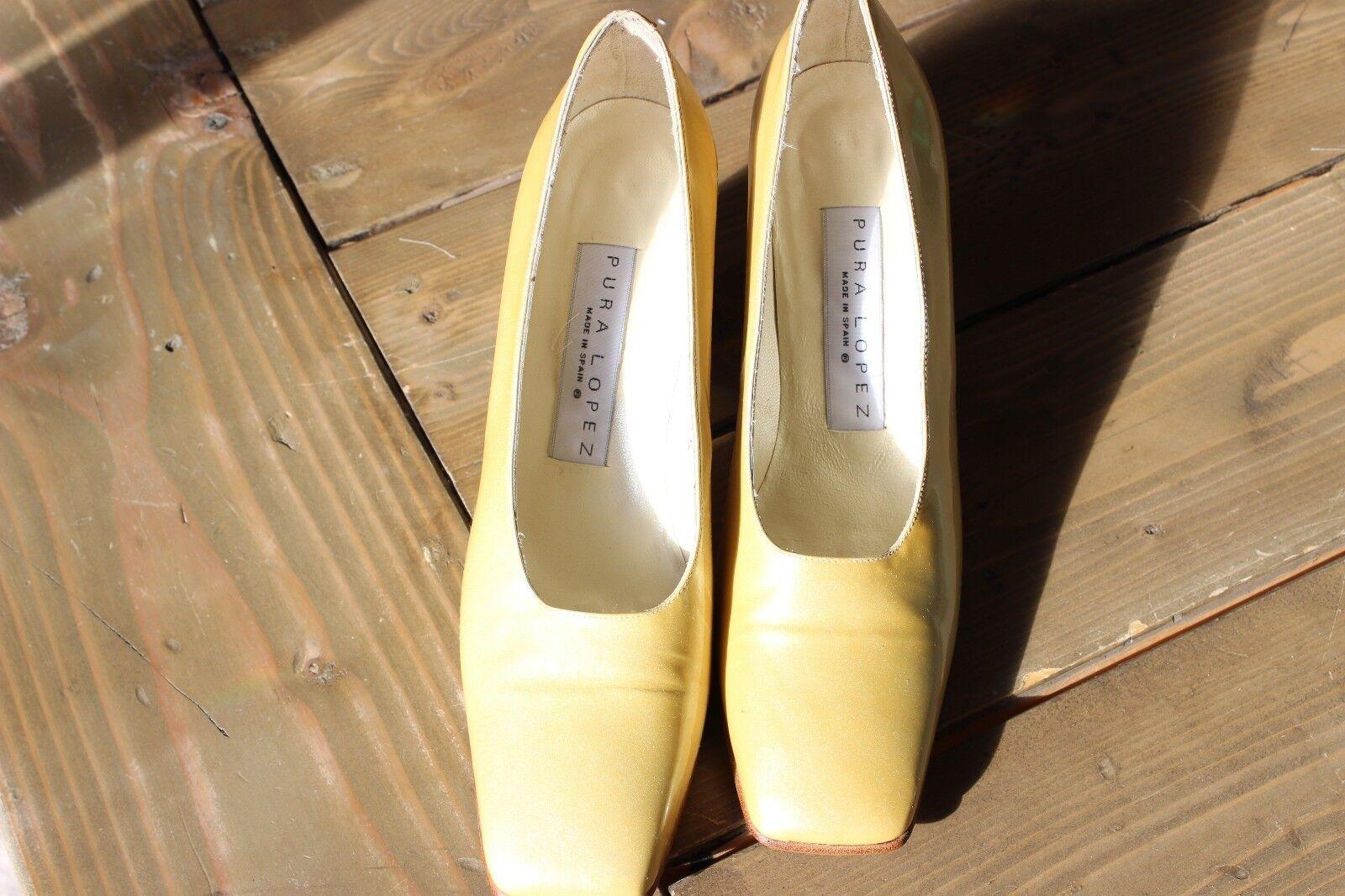 Pura Lopez 10.5 B Yellow Heels