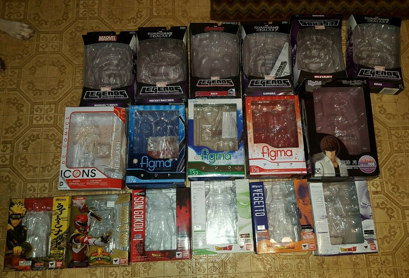 Huge action figure figure figure lot marvel dc figma figuarts the flash spiderman superman e9c30d