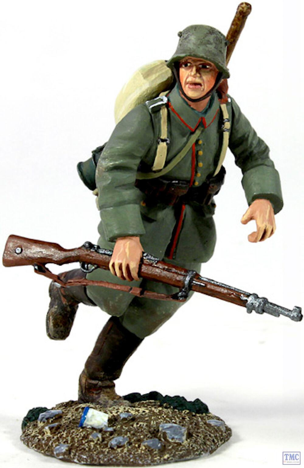 B23058 W.Britain 1916-18 German Infantry Pioneer Running World War I