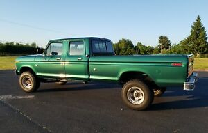 1973-Ford-F-350