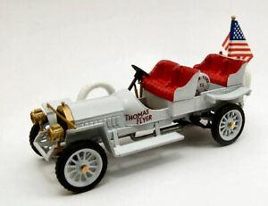Thomas-Flyer-New-York-Paris-1908-1-43-Model-RIO