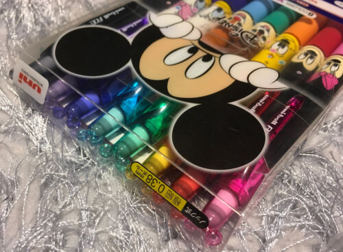 8x Disney Minnie Mickey Mouse Pens Erasable Ink Uni-ball RE Limited Edition Set