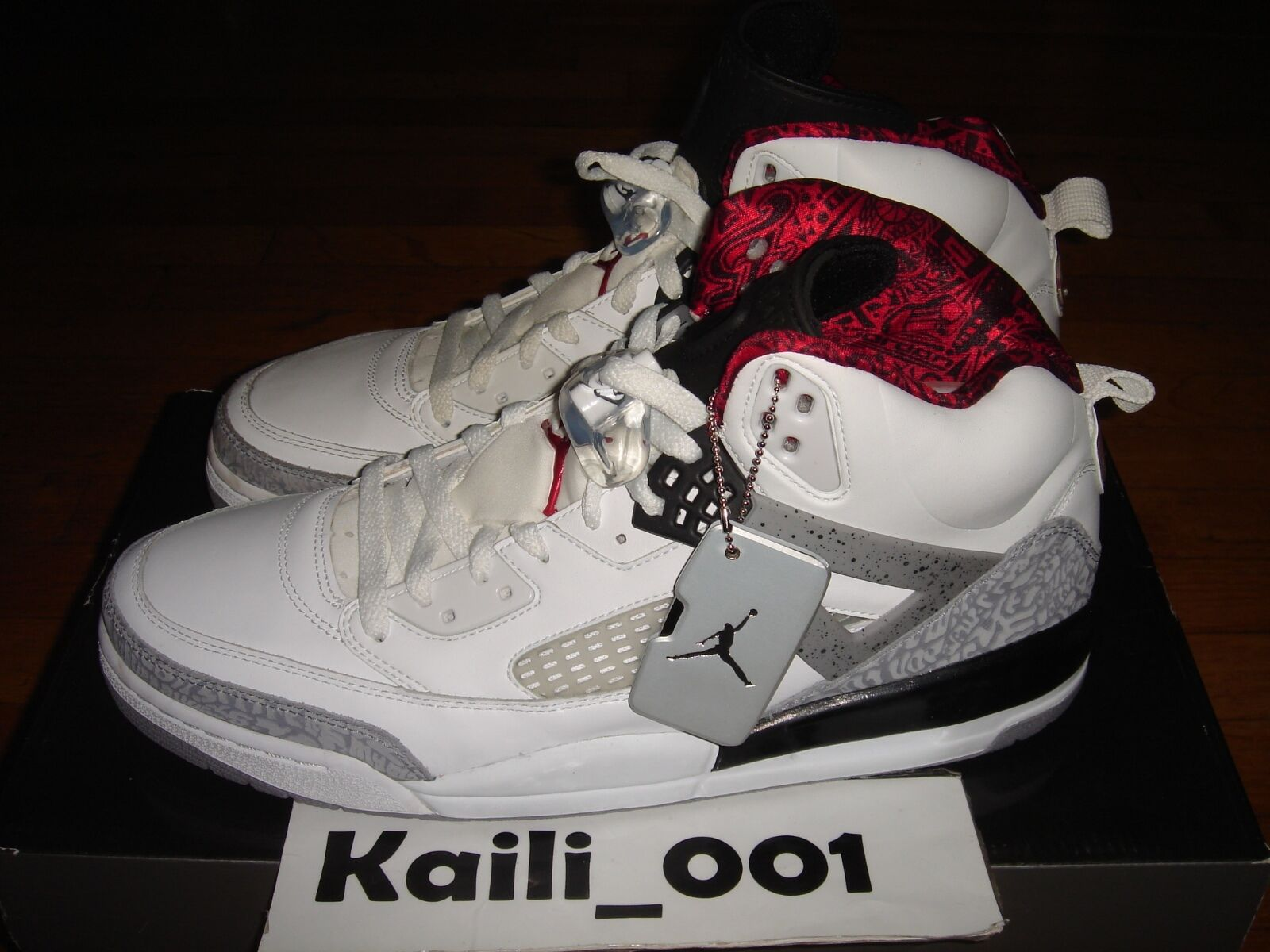 Nike Air Jordan SPIZ'IKE  Size 12.5 WHITE CEMENT BHM 315371-101 BLACK B