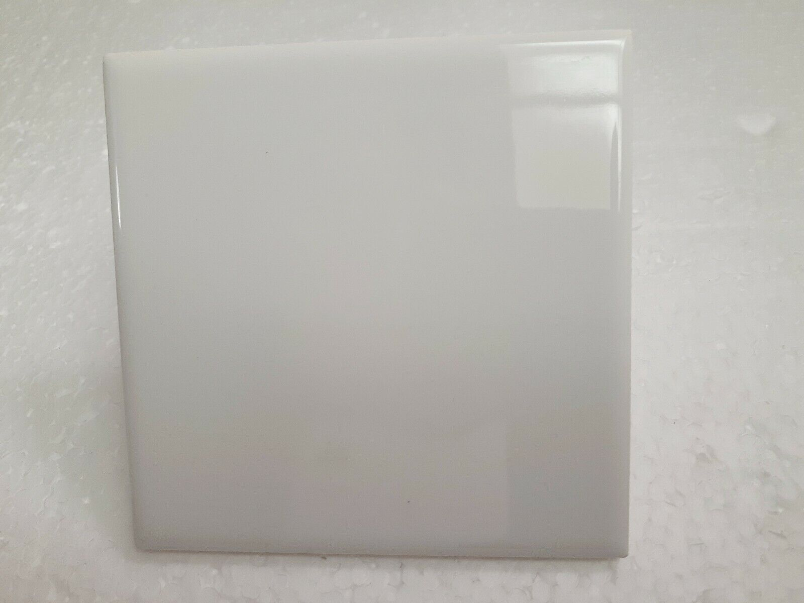 Arctic White 4 25 Inch Ceramic Tile 4x4 Square Color 0190 Gloss Daltile Bright For Sale Online,Tiny House For Sale With Land Nc