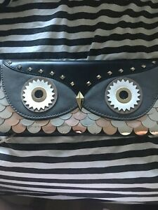 Owl Button Clutch