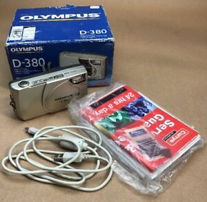 Olympus-CAMEDIA-D-380-2-0MP-Digital-Camera-Silver-Tested-with-box-and-cable