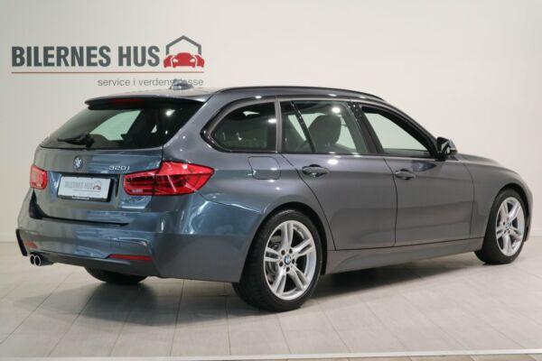 BMW 320i 2,0 Touring M-Sport aut. - billede 1