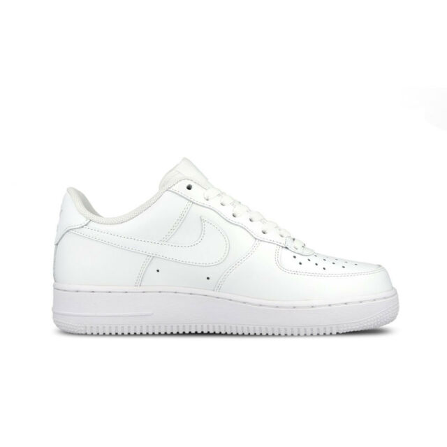 Nike Air Force 1 '07 Size 9.5 Athletic Shoes White (315122 311)