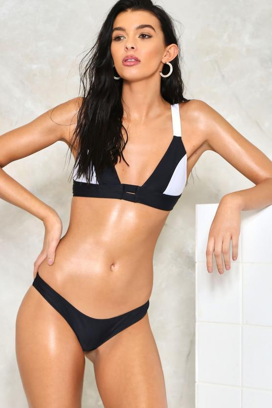 Nasty Gal Strapped In Monochrome Bikini Set Größe Größe Größe UK 8 LF075 AA 02 | Überlegene Qualität  | Verpackungsvielfalt  | Neue Sorten werden eingeführt  | Erste Gruppe von Kunden  | Ausgezeichnetes Handwerk  3f415f