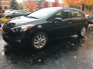 2015 Kia Forte 5  only 63,500  km  - original owner - Certified