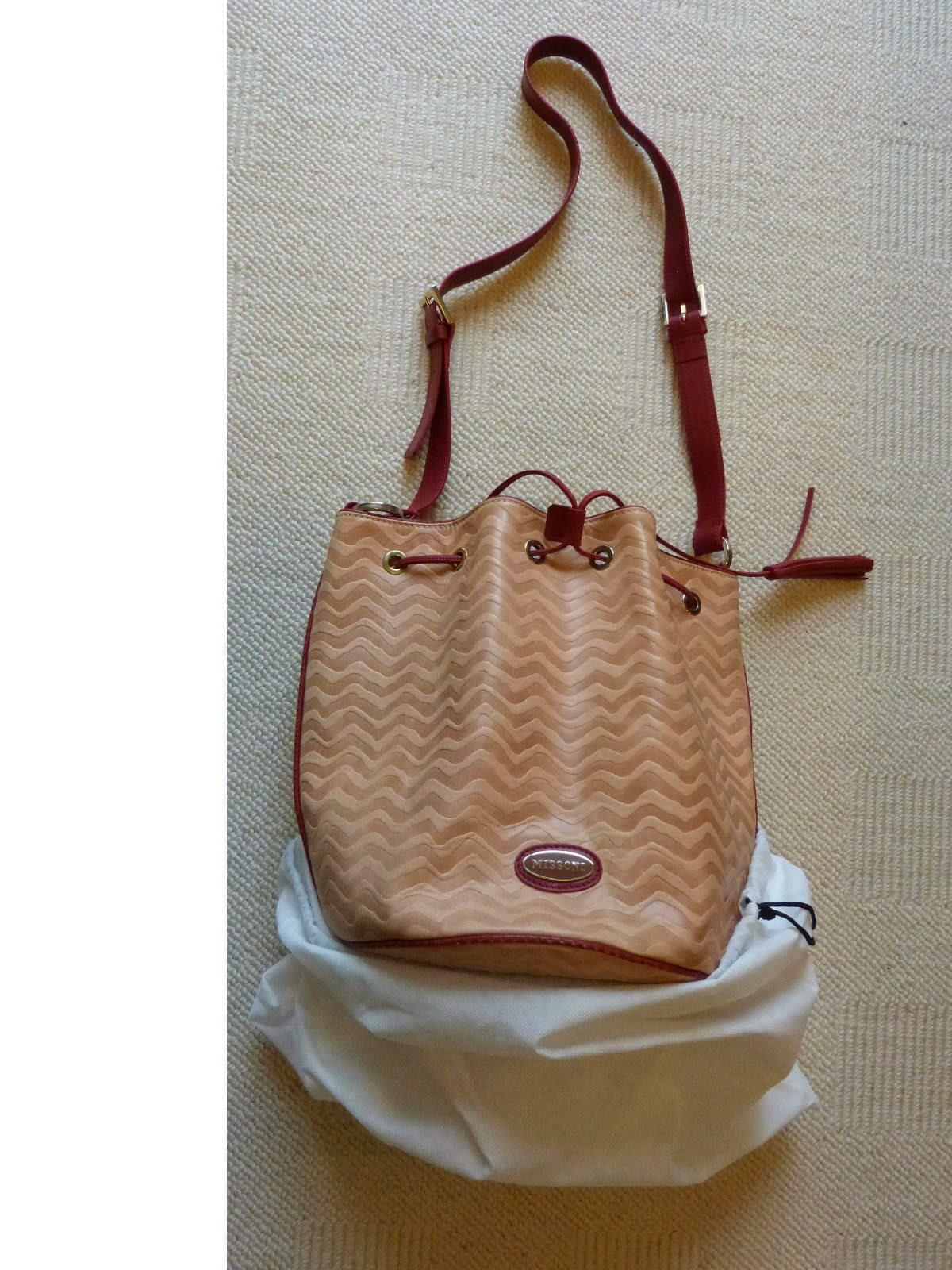 Missoni handbag NEW bucket style dusty rose leather made in Italy