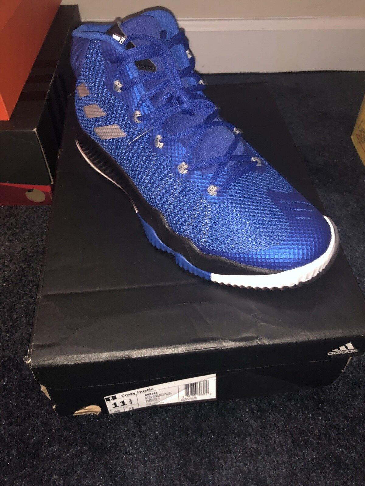 Gli uomini scarpe  adidas pazzo hustle scarpe uomini da basket reale blu bianco e nero bb8341 a1 a78c04