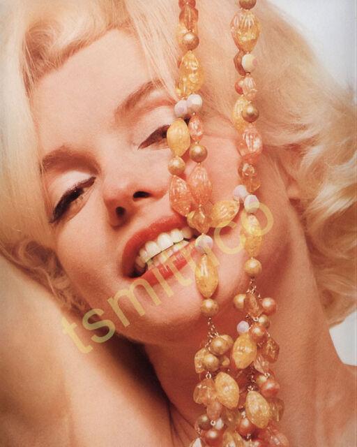 Marilyn Monroe 8x10 Glossy Photo 073