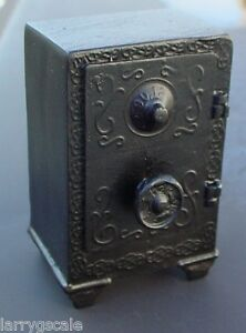Floor Safe Miniature Vintage Styling 1/24 Scale G Scale Diorama Accessory Item
