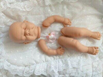 Bambola morbida realistico KIT Susie COMPLETO arto nessun corpo Occhi Blu Rosa manichino.