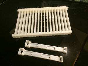"""Bee frame plastic ends Deep 9 1//8/"""" 20 pc Made in U.S.A."""