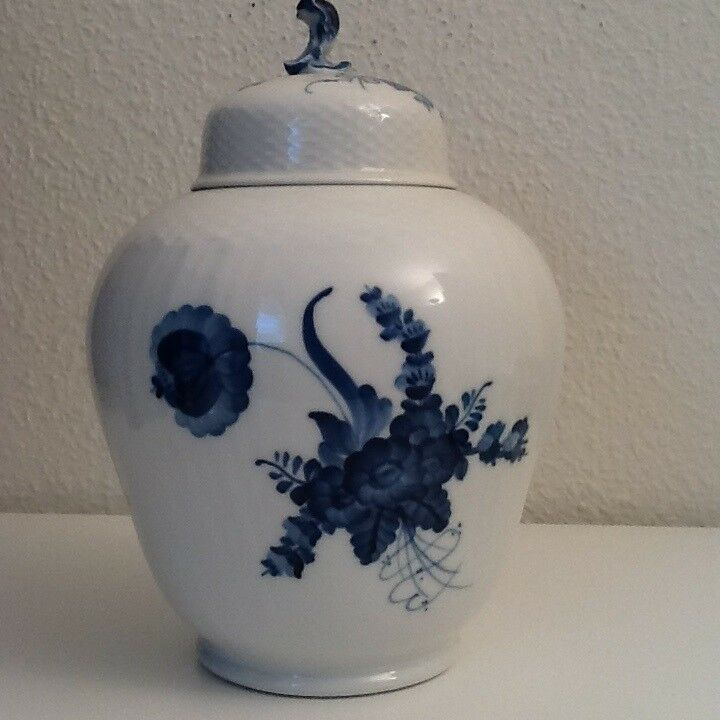 Porcelæn, Stor Royal Copenhagen Blå Blomst Svejfet, Royal