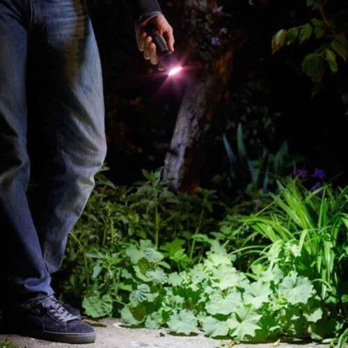 SMART GARDEN EUREKA MEGA BEAM HAND TORCH LIGHT 180L ALUMINIUM CASING ASSORTED