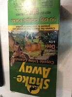 Shake-away Coyote Urine Granules (16 Oz) Deer Repellent