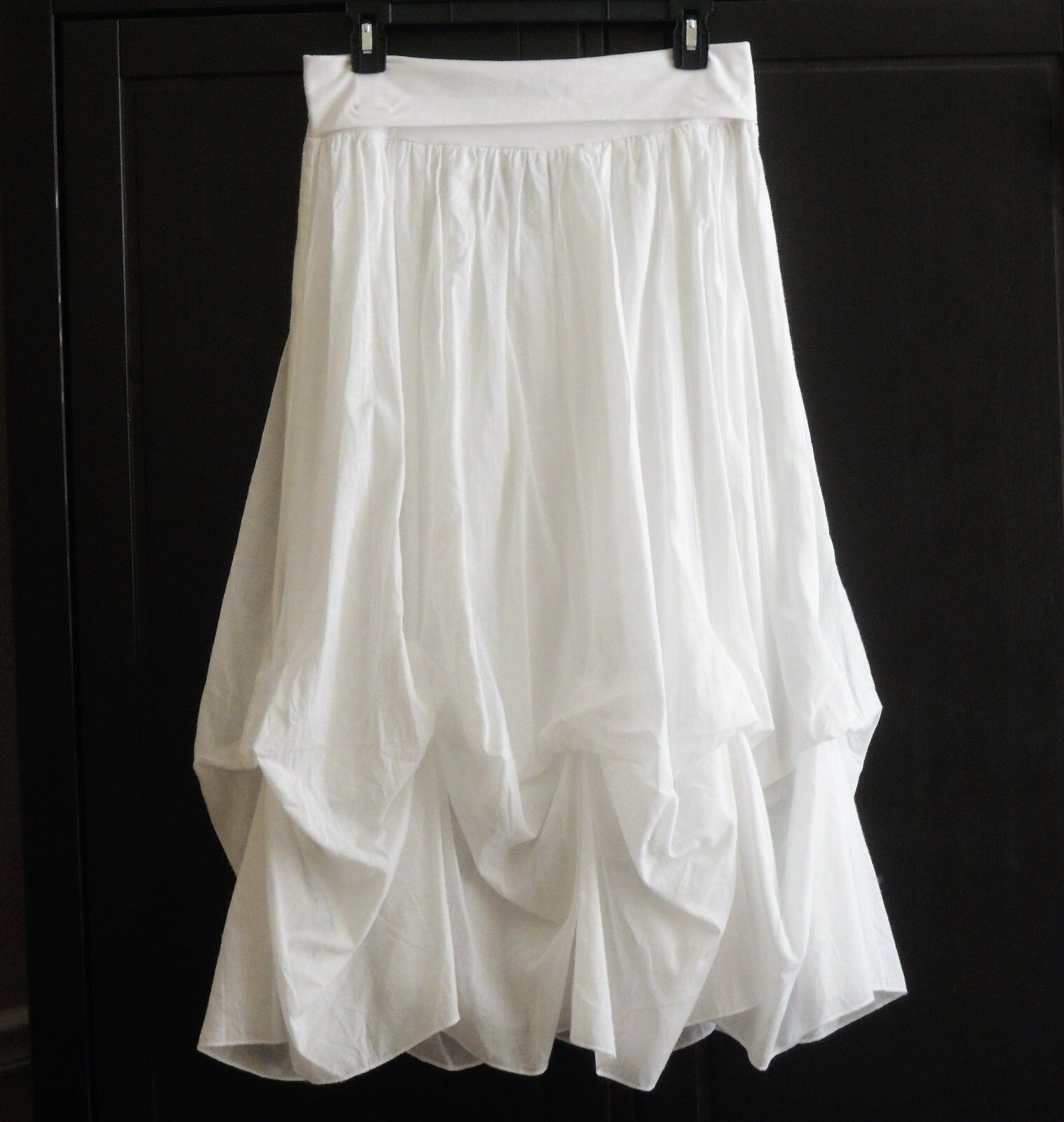 blueE ID ENTITY  Adorable White Long Skirt (S) NEW