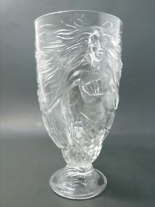 Treasure-Island-Las-Vegas-Hotel-Casino-embossed-mermaid-glass-7-5-inches-tall