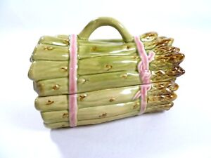 Bordallo-Pinheiro-Asparagus-Tureen-Vegetable-Art-Pottery-Covered-Dish