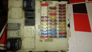 image is loading 02-04-ford-focus-svt-interior-cabin-fuse-