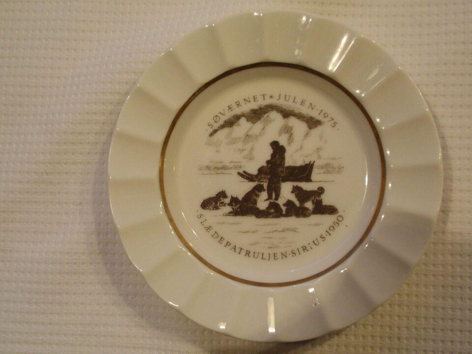 Porcelæn, 3 stk Søværnets Års askebægre- Royal Copenhagen