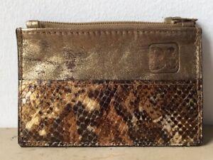 Porte-monnaie-cuir-or-et-imitation-serpent