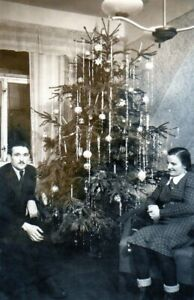 090319# Photo-noël: Jeune Couple Le Sapin De Noël-afficher Le Titre D'origine