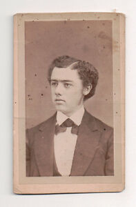 Vintage-CDV-Young-man-from-Oberlin-Ohio-H-M-Platt-Photo